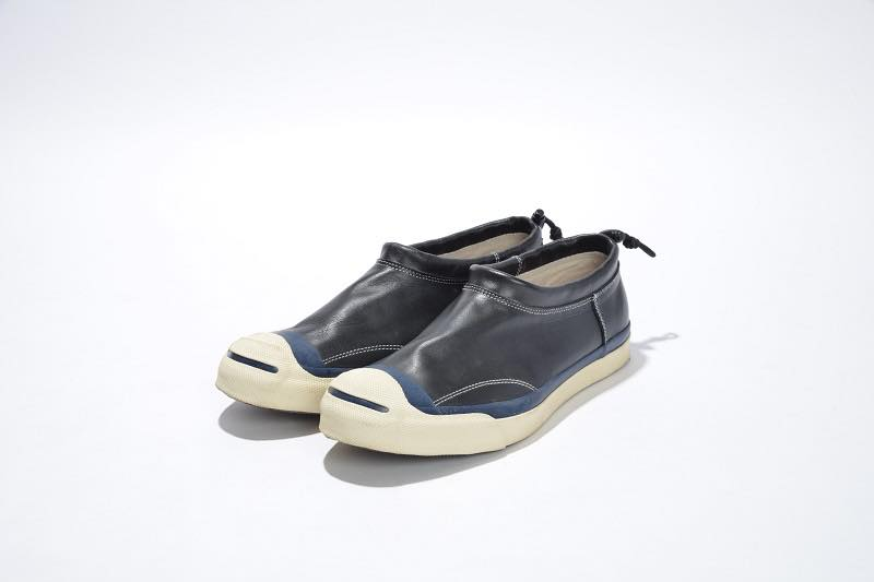 45.GARRET TOGGLE SLIP-ON