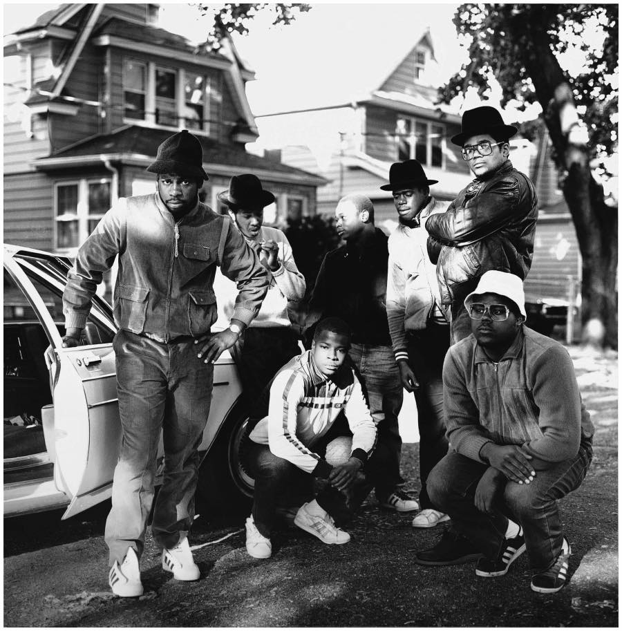 photo-janette-beckman-run-dmc-and-posse-in-hollis-queens-ny-1984