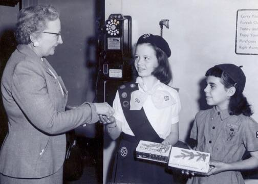 Very_vintage_girl_scout_cookies